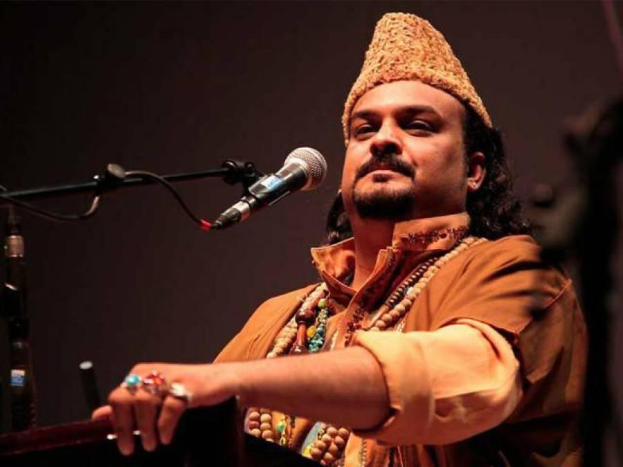 قاتلوں کو وہیں لٹکائیں جہاں امجد صابری کو مارا گیا: والدہ کی خواہش