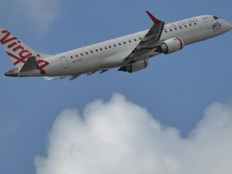 دوران پرواز مسافر جہاز کے کنٹرول پینل پر پائلٹ کو ایسی کال موصول کہ گھبرا کر جہاز لینڈ کرنے سے ہی انکار کردیا، کال کس نے اور کیوں کی؟ جان کر آپ ہوائی سفر سے ہی گھبراجائیں گے