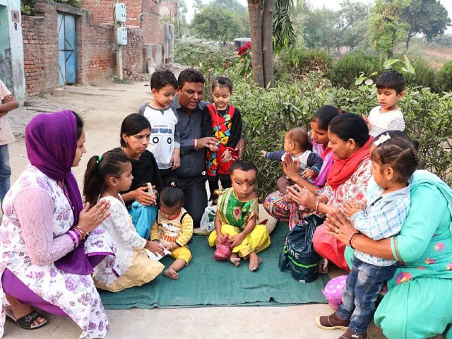 بھارت میں 6 سالہ بچے کی ایسی شکل کہ ہندوﺅں نے بھگوان سمجھ کر پوجنا شروع کردیا
