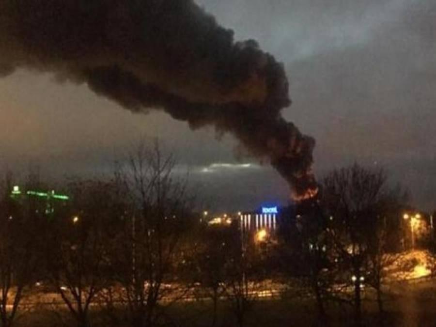 لندن کے کاروباری مرکز گارڈن سینٹرمیں آگ لگ گئی