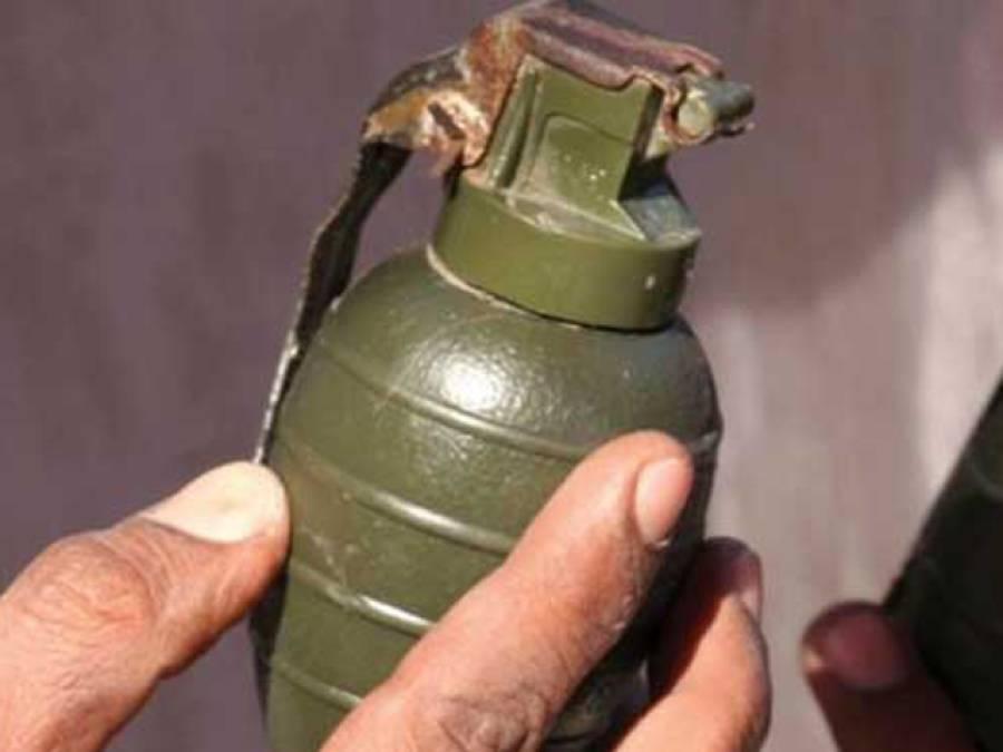گلبرگ کے علاقے گرومانگٹ روڈ پر کوڑان دان سے دستی بم برآمد