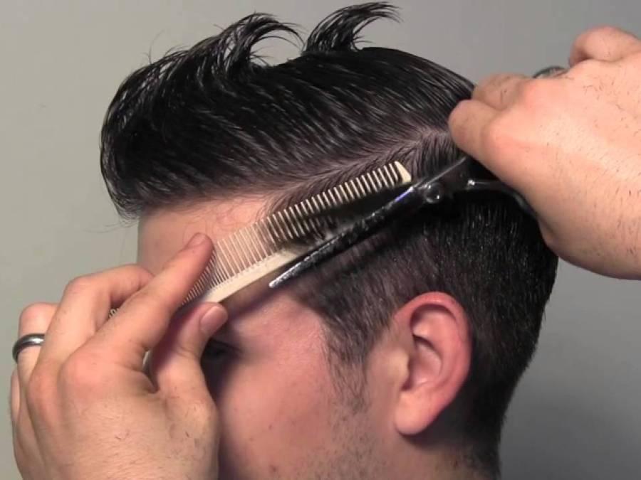 ہیئر ڈریسر ز کا 16 قینچیوں، شیشے اور موم بتی سے بال تراشنے کا مظاہرہ