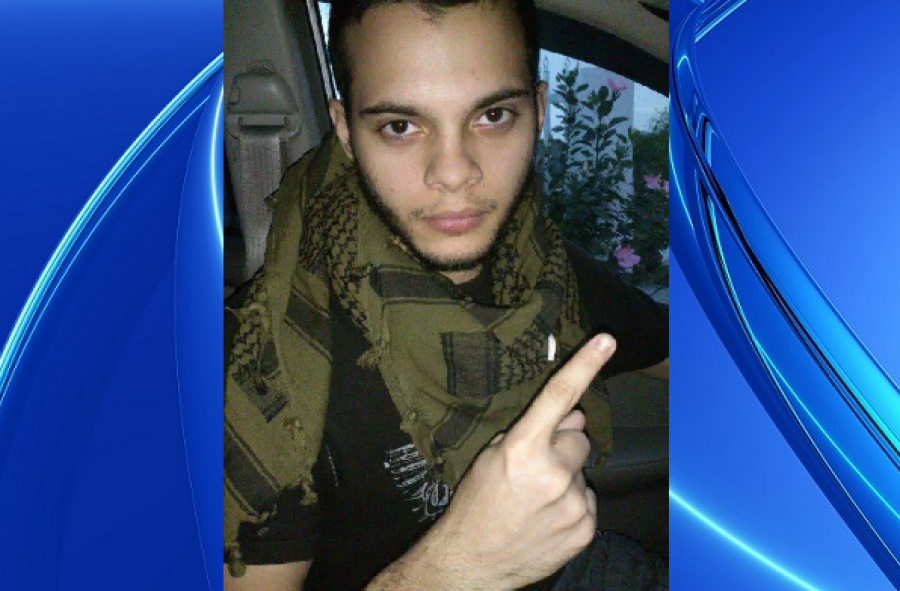 'داعش کے ساتھ کام کرنے پر امریکی حکومت نے مجبور کیا کیونکہ۔۔۔'امریکی ائیرپورٹ پر حملہ کرنے والے شخص کا تہلکہ خیز انکشاف