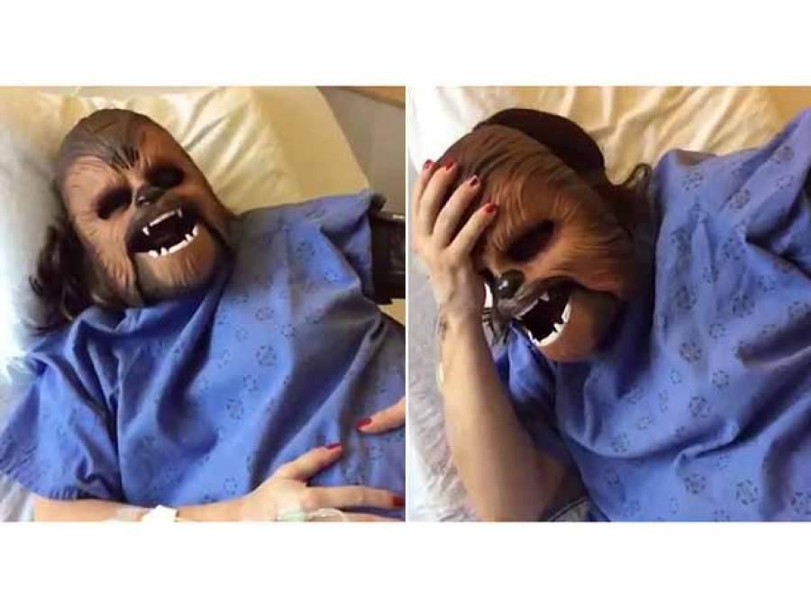 بچے کو جنم دیتے ہوئے حاملہ خاتون نے ایسی چیز پہن کر انٹرنیٹ پر ویڈیو جاری کردی کہ دیکھنے والوں کا سانس اوپر کا اوپر اور نیچے کا نیچے رہ گیا