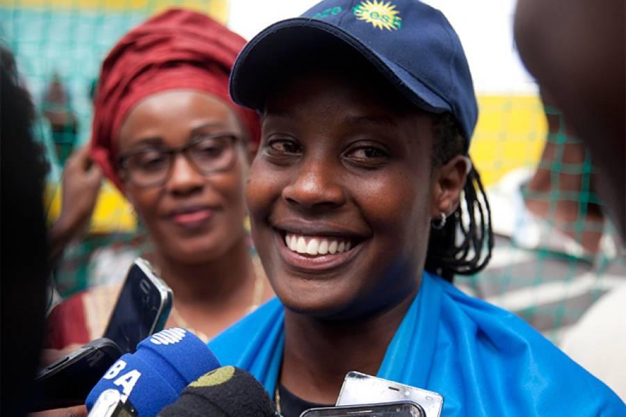 مسلسل 26 گھنٹے بیٹنگ، روانڈا کی خاتون کرکٹر نے ورلڈ ریکارڈ قائم کردیا