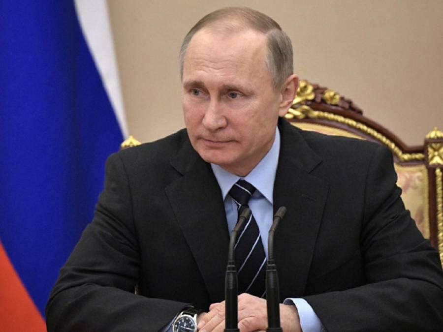 'اس ملک کے لوگوں کو بغیر ویزا روس آنے دو' روسی صدر پیوٹن نے ایسا اعلان کردیا کہ تمام مغربی ممالک کو شدید پریشان کردیا کیونکہ۔۔۔