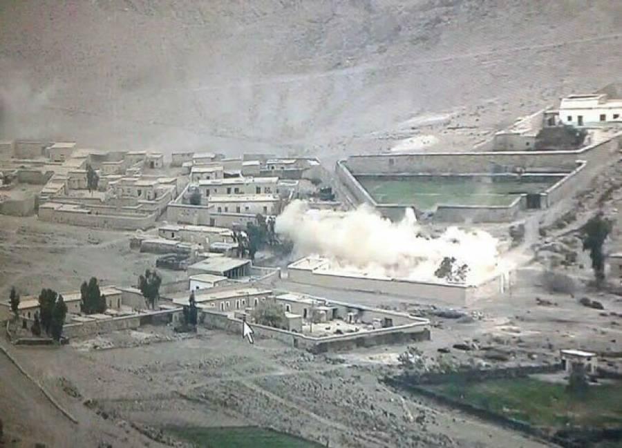 پاک فوج کی بارڈر پار کارروائی،کالعدم تنظیموں کے تباہ ہونے والے کیمپس کی تصاویر منظر عام پر