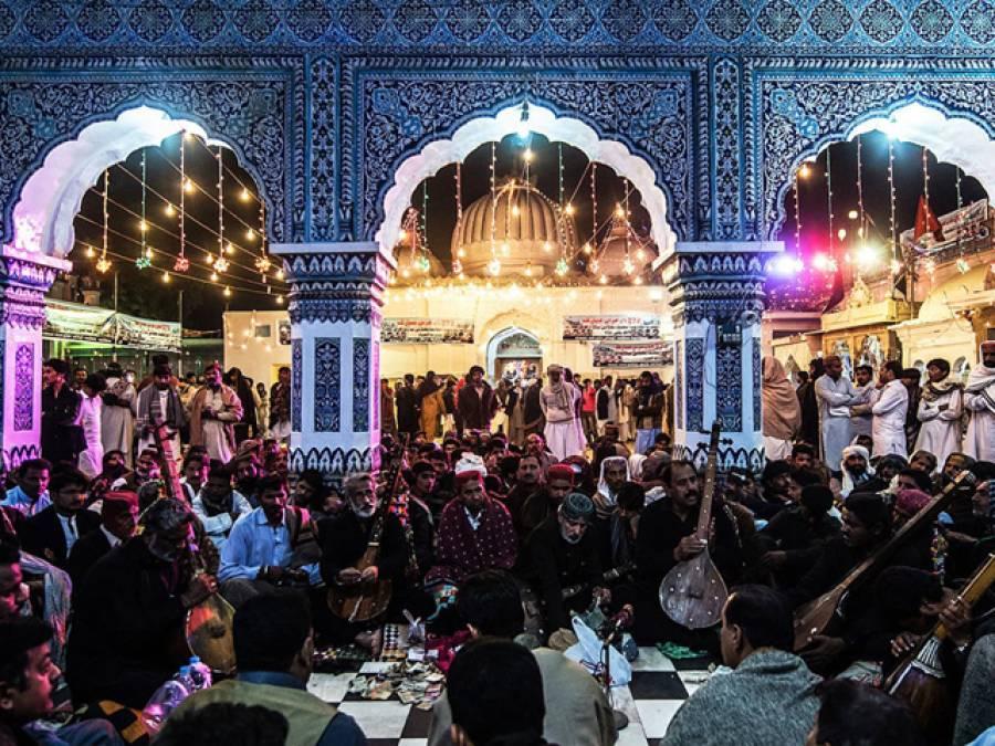 لعل قلندر کے بعد بھٹ شاہ کے مزار پر دہشت گردی کا خدشہ ،سیکیورٹی ہائی الرٹ کر دی گئی ، سندھ بھر میں دفعہ 144 نافذ