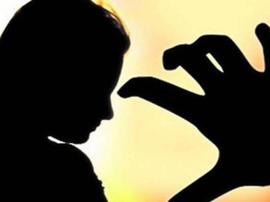 گھوٹکی :بااثر شخص کے بیٹوں کی غریب کسان کی بیٹیوں سے زیادتی کی کوشش، پولیس کا خاموش رہنے کا مشورہ