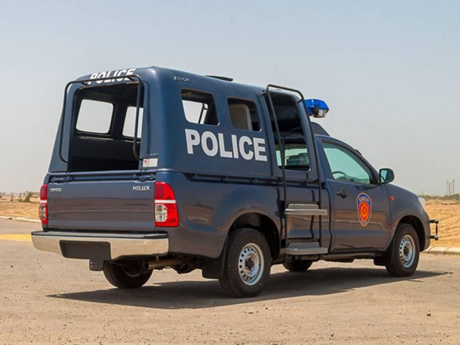پشاور میں پولیس موبائلز کو انٹرنیٹ سے منسلک کرنے کا فیصلہ