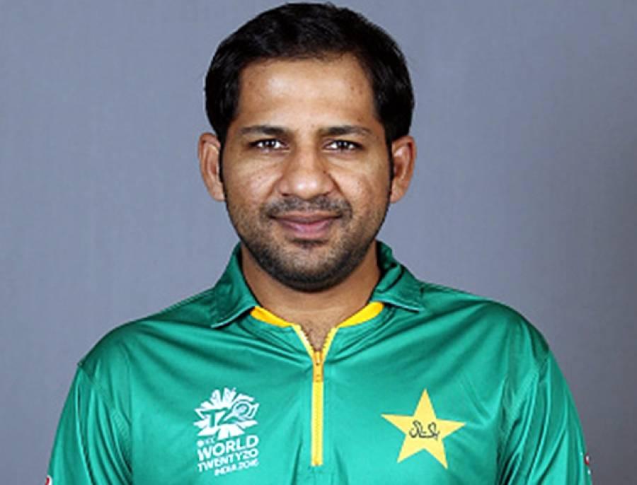 شاداب سے کہا تھا کہ پاکستان سپر لیگ کی طرح باﺅلنگ کرنے پر توجہ دینا: سرفراز احمد