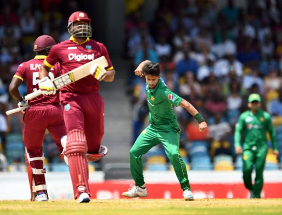 شاداب خان پہلے ہی میچ میں بہترین کھلاڑی کا ایوارڈ وصول کرنے والے دوسرے پاکستانی باﺅلر بن گئے