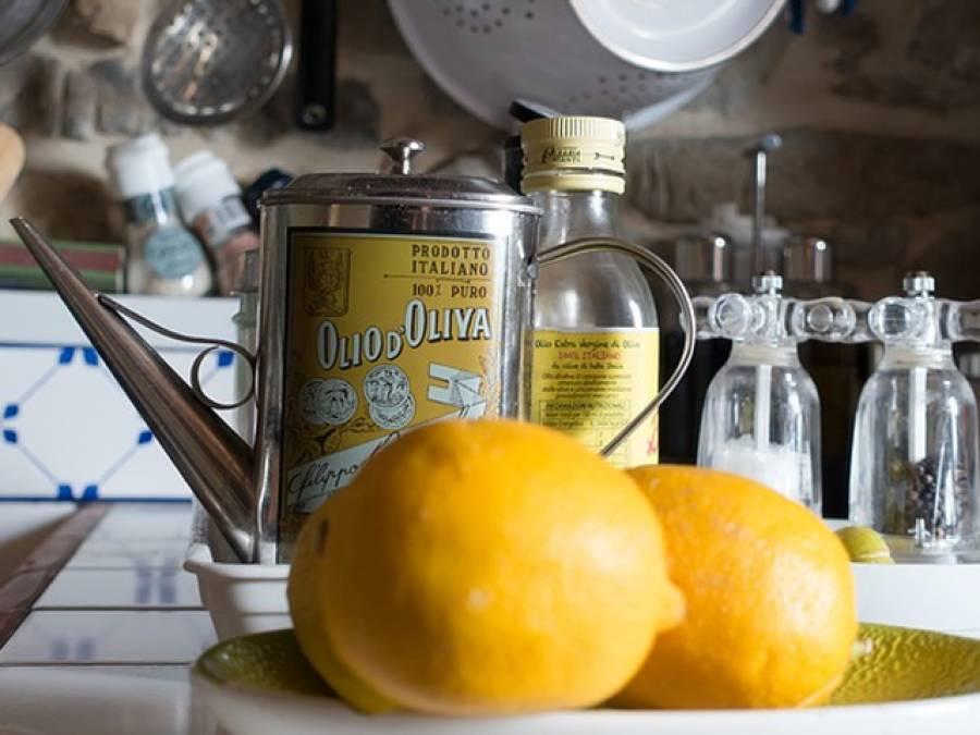 قبض سے ہمیشہ کے لئے نجات چاہتے ہیں تو لیموں کو اس ایک چیز کے ساتھ ملاکر استعمال کریں