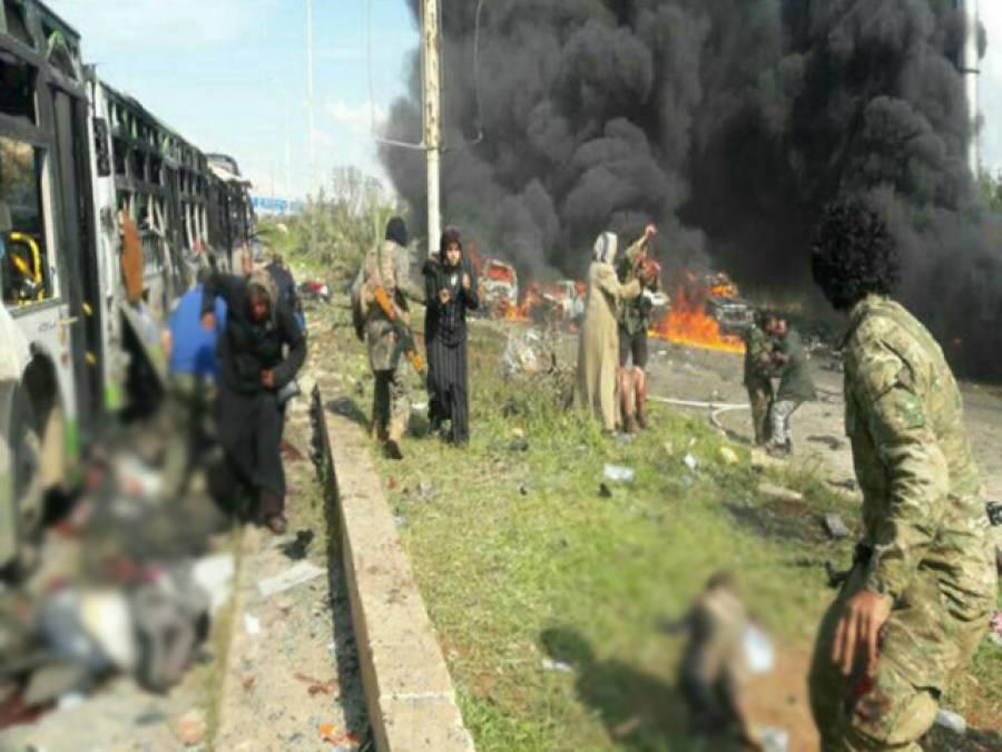 حلب میں اسدی افواج کے علاقے سے ہجرت کرنے والے عام شہریوں کے قافلے پر کار بم حملہ، 70 افراد جاں بحق، 130 زخمی