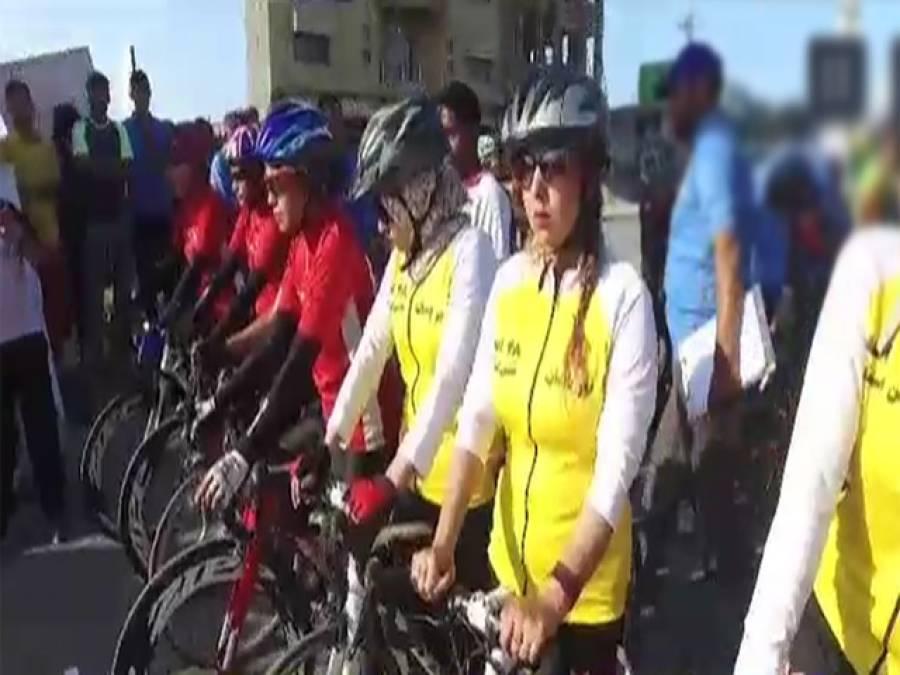 افغانی لڑکیوں نے پاکستان آکر ایسا کام کردیا کہ اپنی ہی کرکٹ ٹیم کے لڑکوں کو شرم سے پانی پانی کردیا