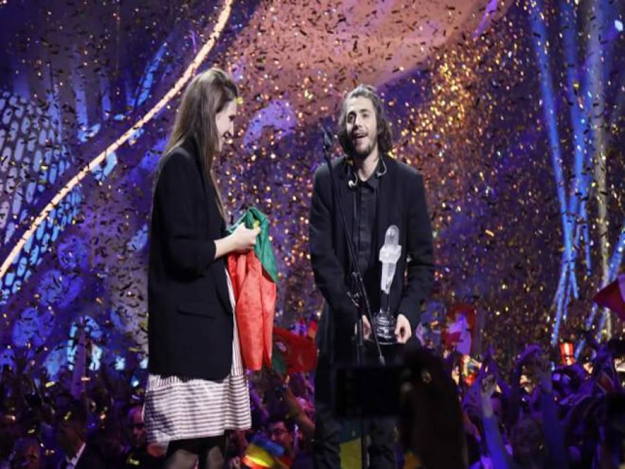 پرتگالی گلوکار سلواڈور سبرال نے دنیا کا سب سے بڑا موسیقی کا مقابلہ یورو ویژن جیت لیا