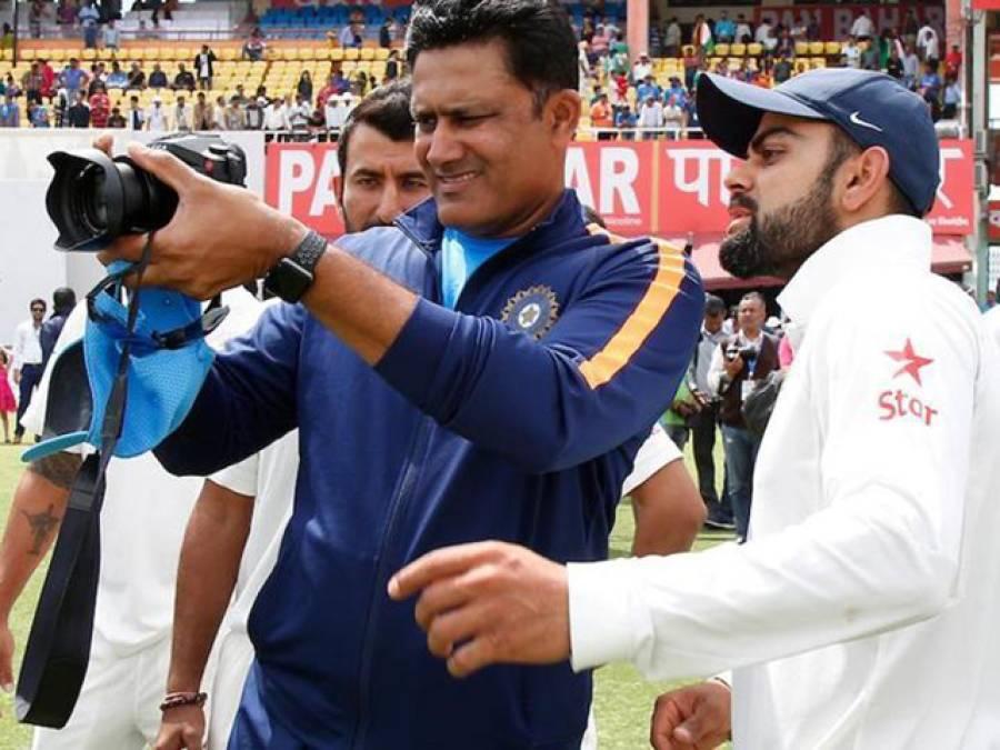 انیل کمبلے کے لئے نئی مشکل کھڑی ہو گئی ، بھارتی کرکٹ ٹیم کے ہیڈ کوچ اور کھلاڑیوں میں تناؤ کا انکشاف