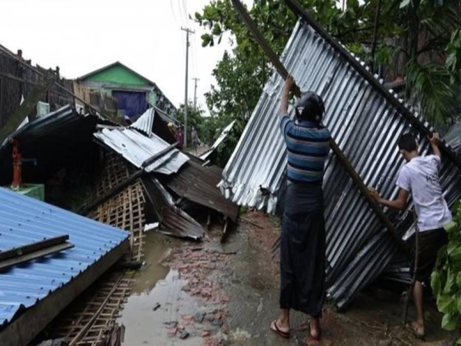 بنگلہ دیش سمندری طوفان، روہنگیا مسلمانوں کے کیمپ تباہ ہوگئے