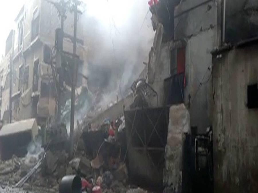 نیو کراچی انڈسٹریل ایریامیں پلاسٹک دانہ بنانے والی فیکٹری میں آتشزدگی، عمارت کا ایک حصہ زمین بوس، آگ پر قابو پالیا گیا