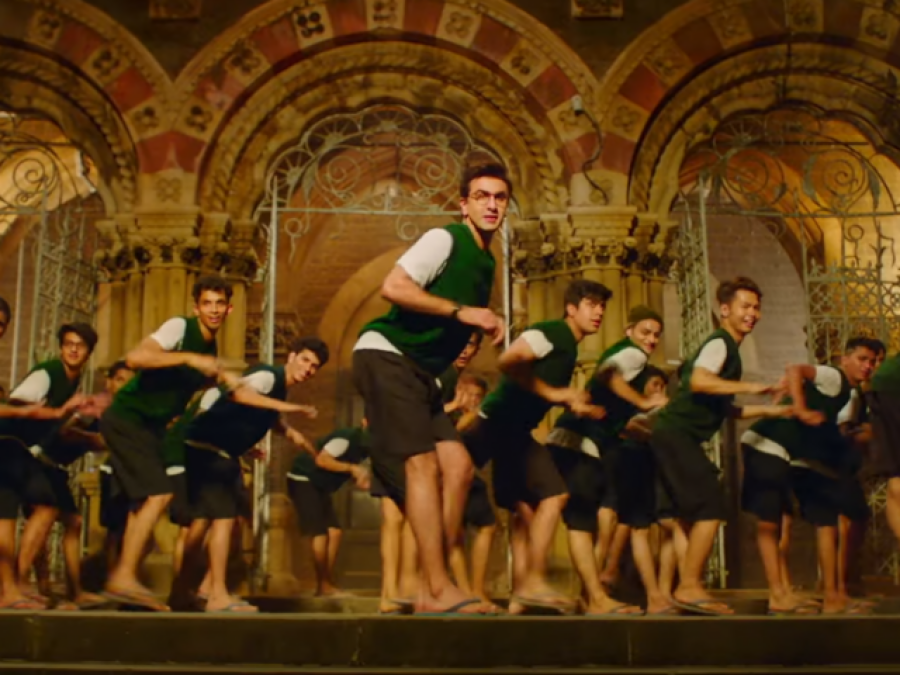 رنبیر کپور کی بھانجی کی گانے ''غلطی سے مسٹیک'' پر ڈانس کی وڈیو منظر عام پر آگئی