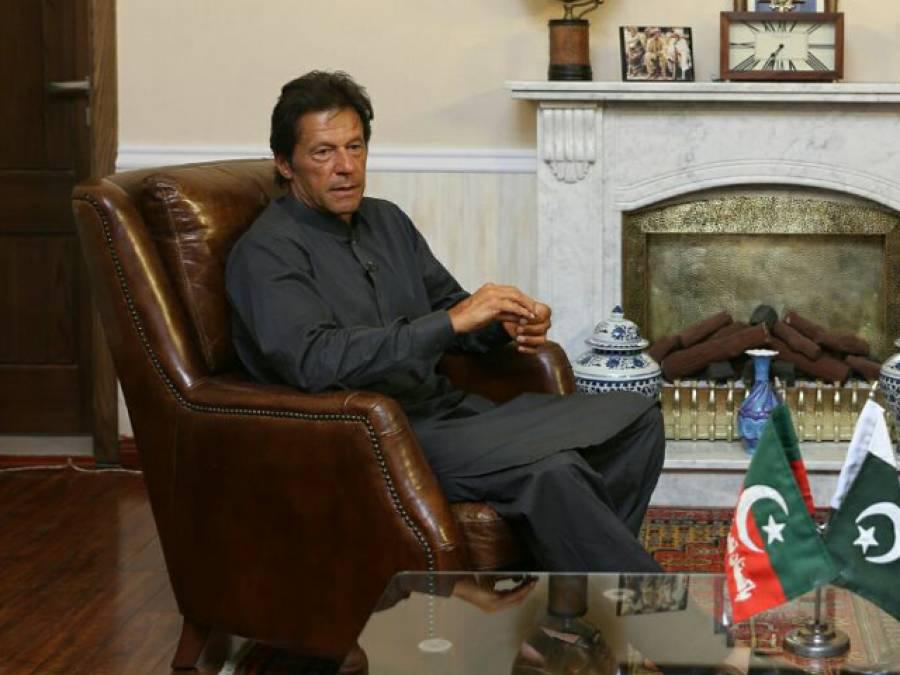 جہانگیر ترین کی آف شور کمپنیاں جائز ،مجھ پردباؤبڑھانے کیلئے کیسزبنائے گئے ،نوازشریف نے 300ارب کاجواب نہیں دیااس لئے ان کونکالاگیا: عمران خان