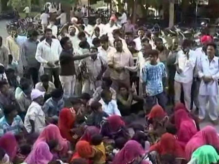 بھارتی انتہا پسندی ، 200مسلمان بے گھر ، مودی سرکار خاموش تماشائی بن گئی