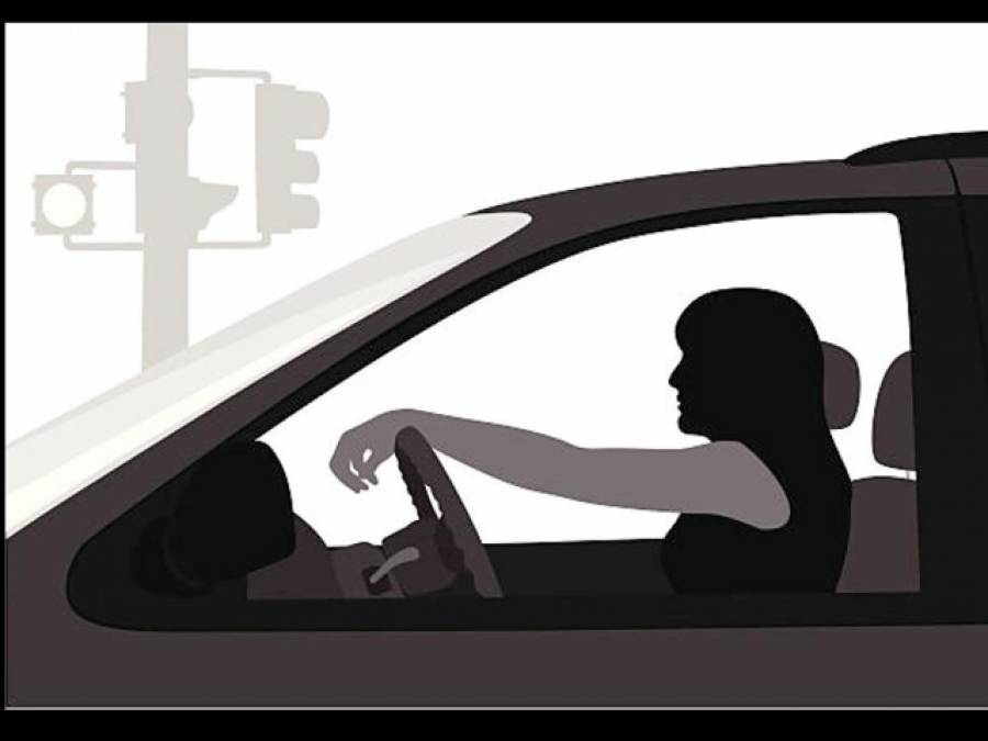 سعودی عرب میں گاڑی چلانے کی اجازت ملتے ہی اس نوجوان سعودی لڑکی نے ایسا خوفناک کام کردیا کہ جان کر ہی تمام سعودی مردوں کی جان نکل جائے، یہ تو کسی نے سوچا ہی نہ تھا کہ۔۔۔