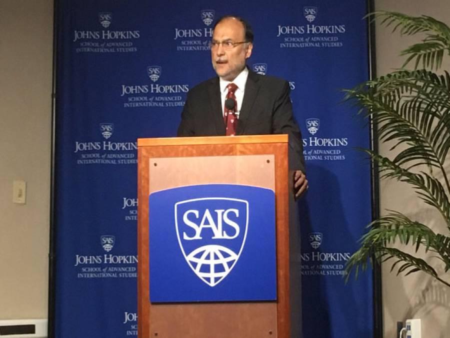 خطے میں امن استحکام کے لئے ہم نے بڑا کردار ادا کیا، امریکامیں سی پیک پرخدشات بے بنیاداوربھارت کے پروپیگنڈے پر مبنی ہیں:احسن اقبال