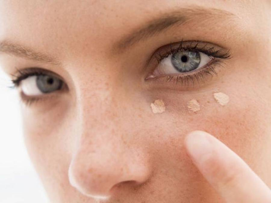 آنکھوں کے گرد حلقے اور سوجن آپ کی صحت کے بارے میں کیا کہتے ہیں؟