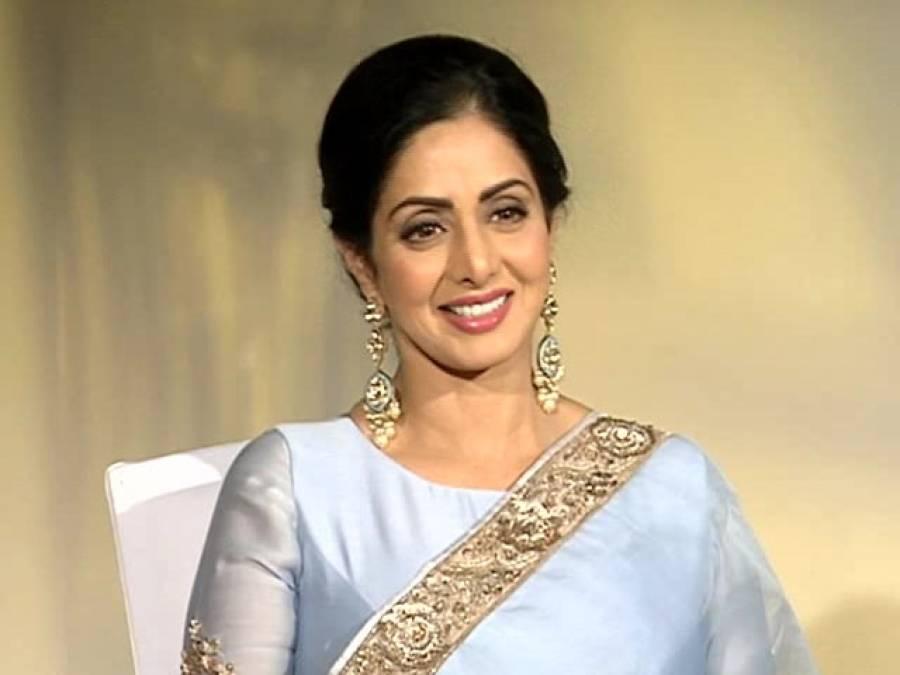 بطور ماں جھانوی کپور کی پہلی فلم پر خوش بھی ہوں اور فکر مند بھی:سری دیوی