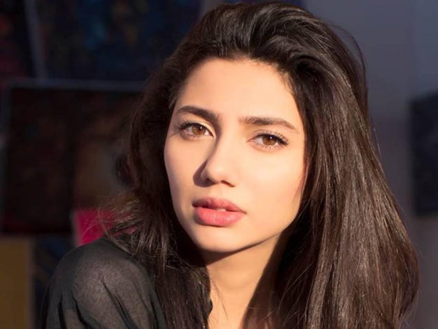 بھارتیوں نے پاکستانی اداکارہ ماہرہ خان سے غلط کیا : راہول ڈھولکیا