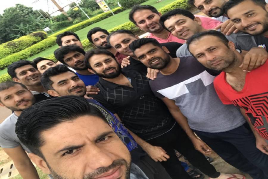 کرکٹ لیگ کے سپانسر بھاگنے پر سعید اجمل سمیت کئی پاکستانی کھلاڑی یوگنڈا میں پھنس گئے، بھاگنے والے سپانسرز نے جاتے جاتے کھلاڑیوں کے ساتھ ایسا شرمناک کام بھی کردیا کہ آپ کو بھی شدید غصہ آجائے گا