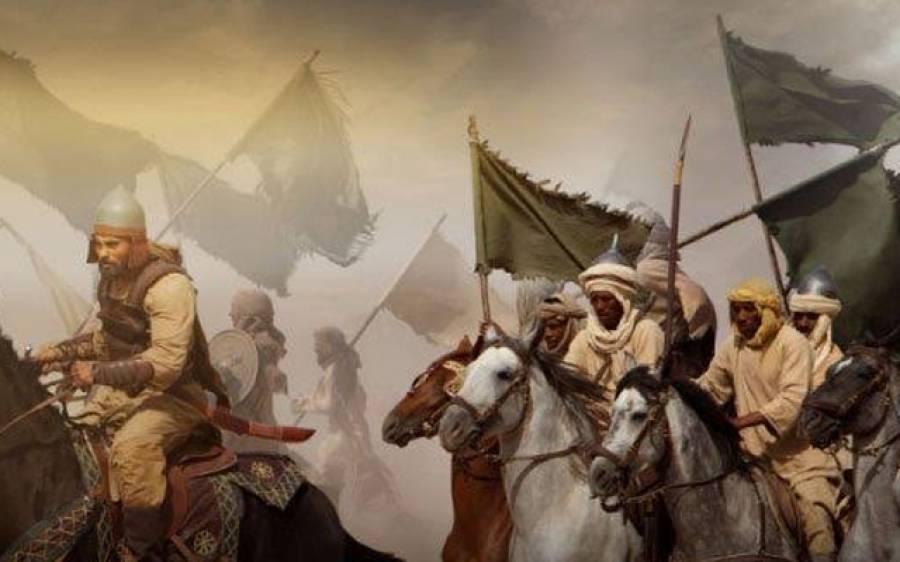 جب اسلامی لشکر صحرا میں پیاسا بھٹکنے لگا تو ایک گھوڑے نے ایسا کام کردکھایاکہ سارا لشکر خوشی سے جھوم اٹھا