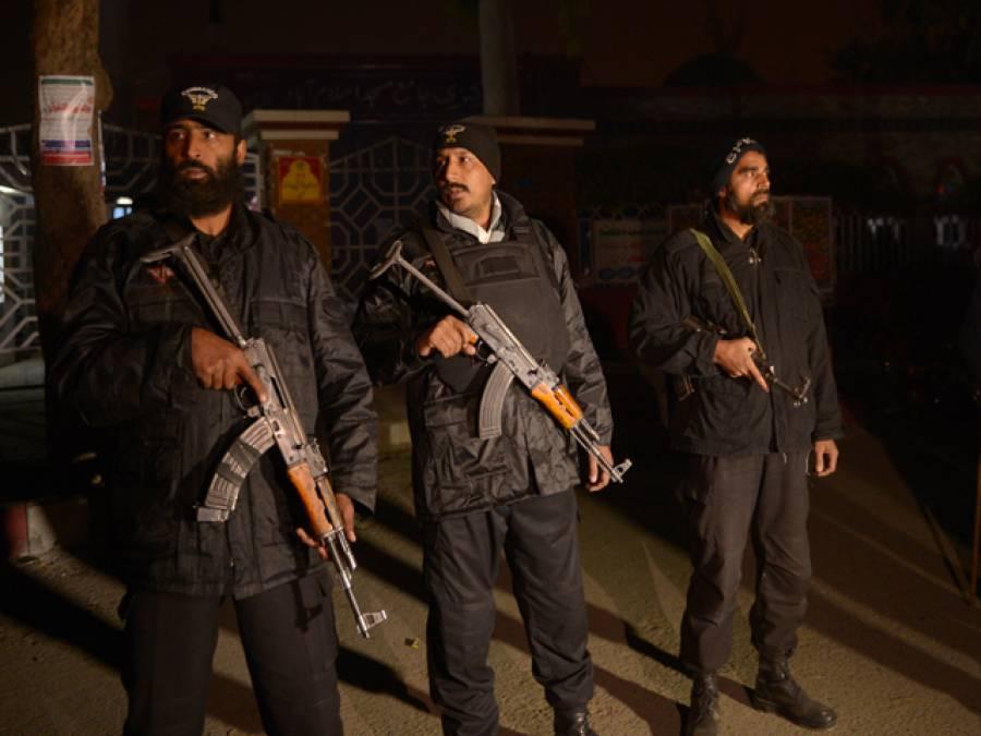 پولیس کا کوہاٹ میں سر چ آپریشن ، 68مشتبہ افراد گرفتار