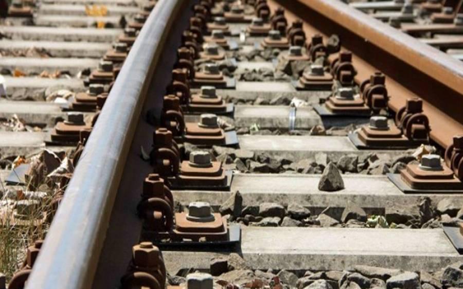 ڈیرہ مراد جمالی،ریلوے ٹریک پر دھماکہ،بولان میل کی بوگیاں اترگئیں