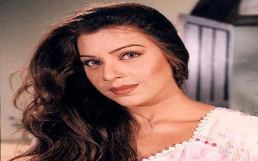 فلم سٹار میگھا کے بھانجے حارث کا گلوکارہ عینی کی بیٹی اوما طاہر سے نکاح
