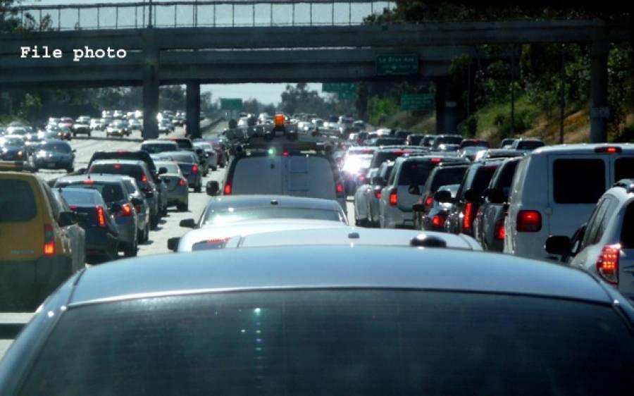 بد ترین ٹریفک جام والے شہر وں میں لاس اینجلس سر فہرست