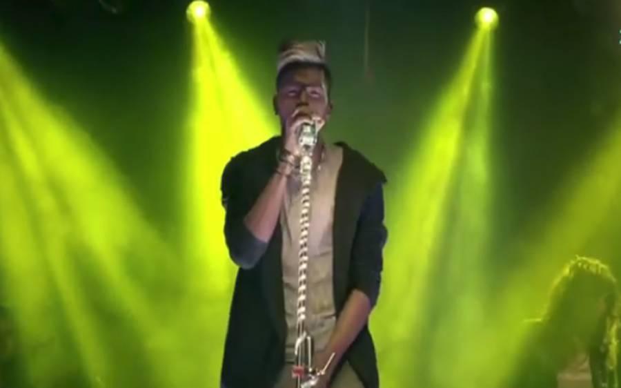 معروف بھارتی بلے باز ہردیک پانڈیا بھی گلو کار بن گئے ،کرکٹر نے ایسا گانا گا دیا کہ آپ بھی ان کے مداح ہو جائیں گے