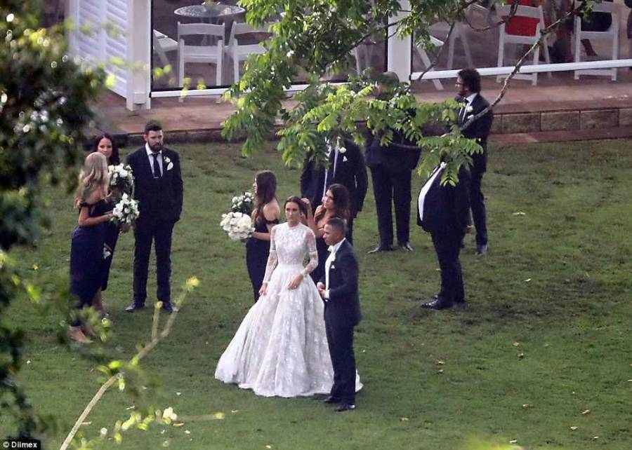 عثمان خواجہ اور اسلام قبول کرنے والی راشیل نے شادی کر لی، دونوں کی تصاویر نے سوشل میڈیا پر دھوم مچا دی، مسلمانوں کا سر فخر سے بلند ہو گیا