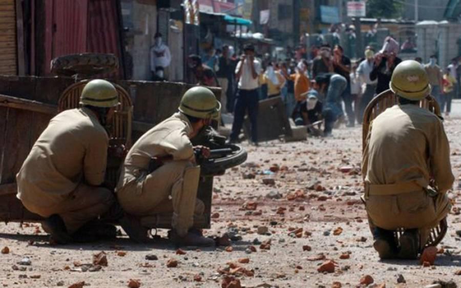 جموں کشمیر میں بھارتی شخص مظاہرین کی زد میں آکر ہلاک، ایسا کیا ہوا تھا؟ بھارت میں امن کا پول کھل گیا