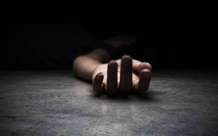 بھارتی خاتون کو اس کے بیٹے نے ایسا شرمناک ترین کام کرتے رنگے ہاتھوں پکڑلیا کہ کرائے کے قاتلوں سے اپنے ہی بیٹے کو مروادیا