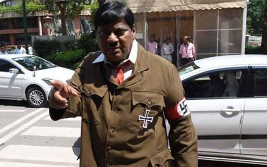 بھارتی وزیراعظم مودی کی عہد شکنی، ممبر پارلیمان احتجاجا ہٹلر بن گیا
