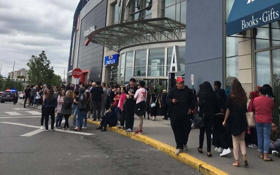 کینیڈین شہر ٹورانٹو کے مشہور شاپنگ مال میں فائرنگ ،دو افراد ہلاک کئی زخمی