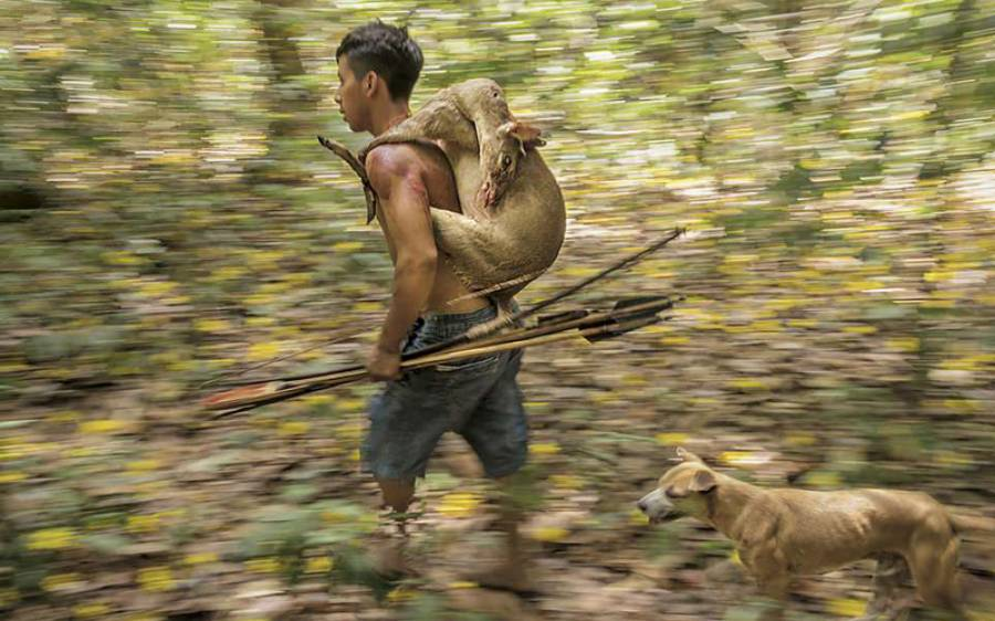 اس قبیلے کا دنیا سے کو ئی رابطہ نہیں، یہ لوگ کیا کھاتے ہیں اور کیسے رہتے ہیں؟ تفصیلات ایسی کہ آپ سوچ بھی نہیں سکتے
