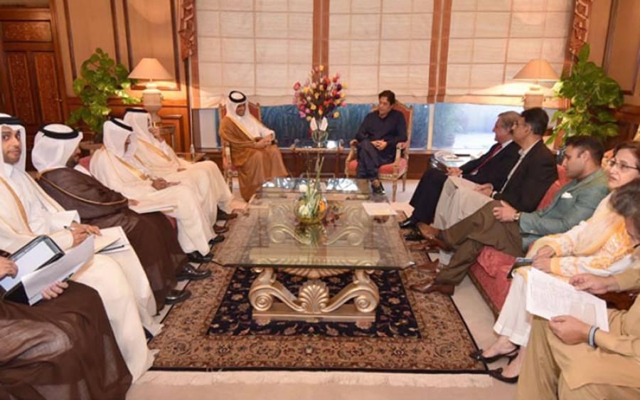 قطری وزیرخارجہ کی وزیراعظم سے ملاقات، باہمی تعاون بڑھانے، پاکستانیوں کو ایک لاکھ ملازمتوں کی پیشکش