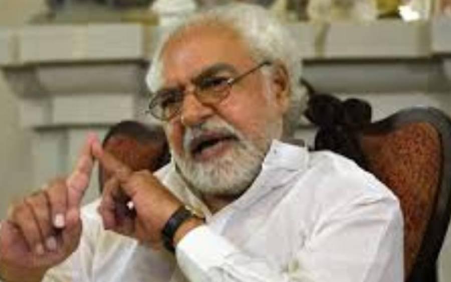 عمرا ن خان نے اہم عہدوں پر ہلکے لوگ لگائے ،ایاز امیر کا دعویٰ