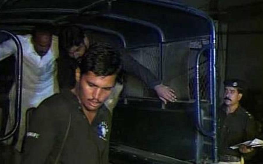 کینٹ ڈو یثرن پولیس کی اشتہاری و سنگین جرائم میں ملوث عناصر کیخلاف کارروائی، 195ملزمان گرفتار