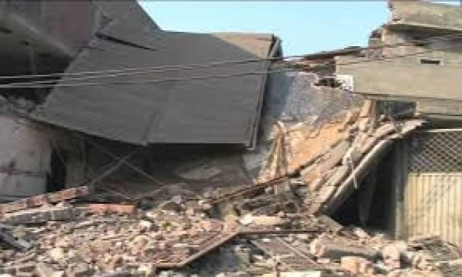 میانوالی،بارش کے باعث مکان کی چھت گر گئی،خاتون سمیت2 افرادجاں بحق