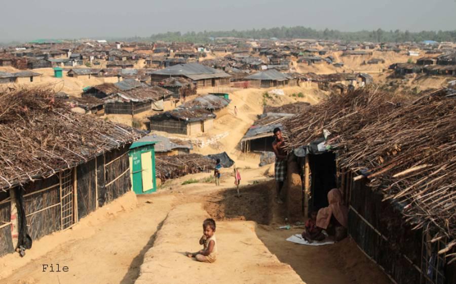 روہنگیا مسلمانوںکی نسل کشی کا سلسلہ ایک بار پھر شروع، اقوام متحدہ نے برمی فوج کے حملے میں 30 افراد کی شہادت کا خدشہ ظاہر کردیا