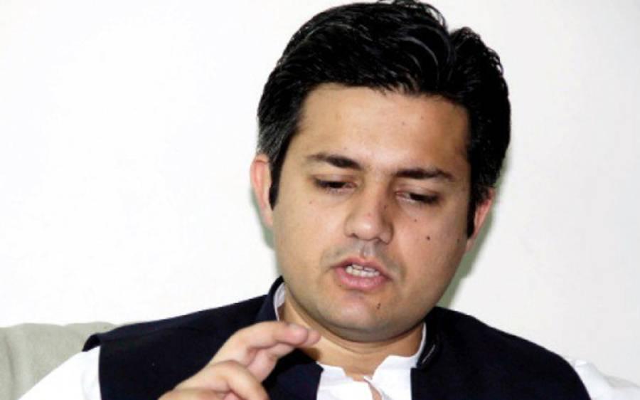 وزیر مملکت برائے ریونیو نے ملک میں مہنگائی کی وجہ بیان کردی